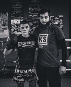 Munayev Magomed avec un étudiant