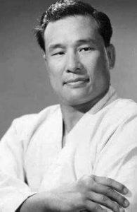Masutatsu Oyama,