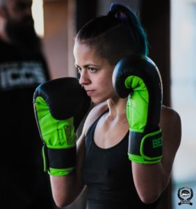 Célia boxeuse